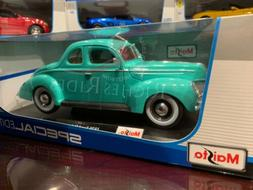 Maisto 1:18 Scale Diecast Model - 1939 Ford Deluxe Coupe