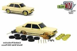 M2 Machines 1:24 Model-Kit Auto-Japan 1970 Datsun 510 Cream