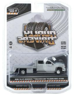 1:64 GreenLight *DUALLY DRIVERS 5* Silver 2018 Chevrolet 350