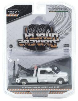 1:64 GreenLight *DUALLY DRIVERS 5* White Dodge RAM 3500 TOW