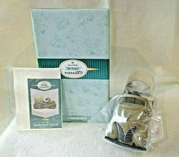 "HALLMARK ""1941 Garton Field Ambulance"", KIDDIE CAR CLASSICS,"