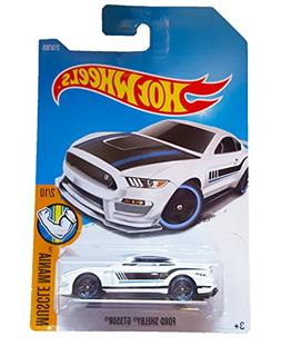 Hot Wheels 2017 Muscle Mania Ford Shelby GT350R 213/365, Whi