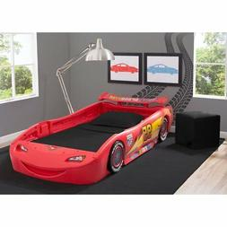 Disney/Pixar Cars Lightning McQueen Bed with Lights