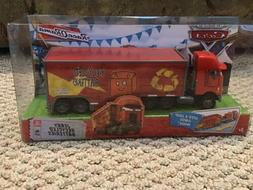 Disney Pixar - THE WORLD OF CARS HAULER JERRY RECYCLED BATTE