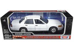FORD CROWN VICTORIA UNDERCOVER POLICE CAR WHITE 1/18 DIECAST