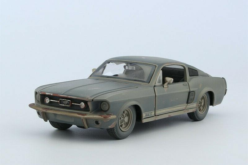 1 24 scale diecast alloy car model