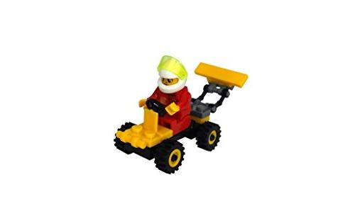 Building Minifigures for Party Favors, Toppers, or Build