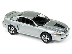 Johnny Lightning Muscle Cars 1999 Ford Mustang GT  1:64 Diec