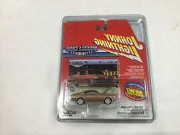 White Lightning Muscle Cars USA 1967 Gold Plymouth Barracuda